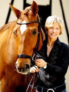 Nadine Capellmann mit Pferd Elvis