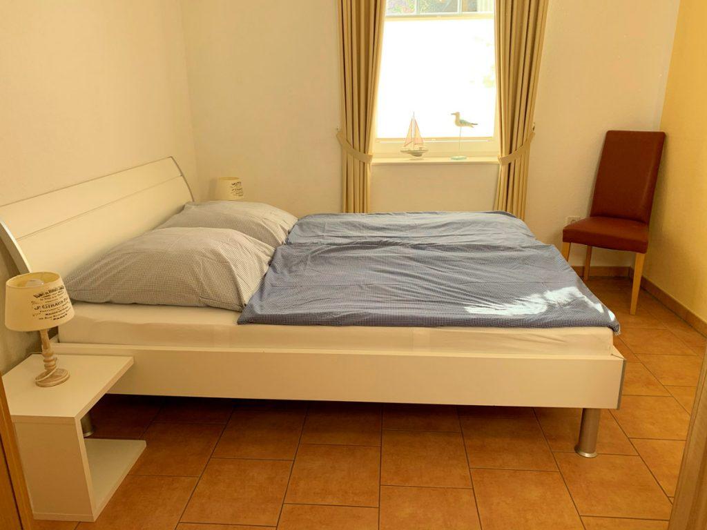 Erdgeschoss-Schlafzimmer