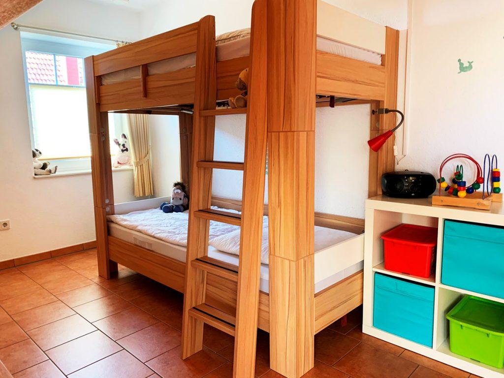 Obergeschoss-Kinderzimmer
