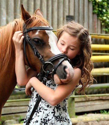 Pferdehof-hobby-kind-wuenschdirwas